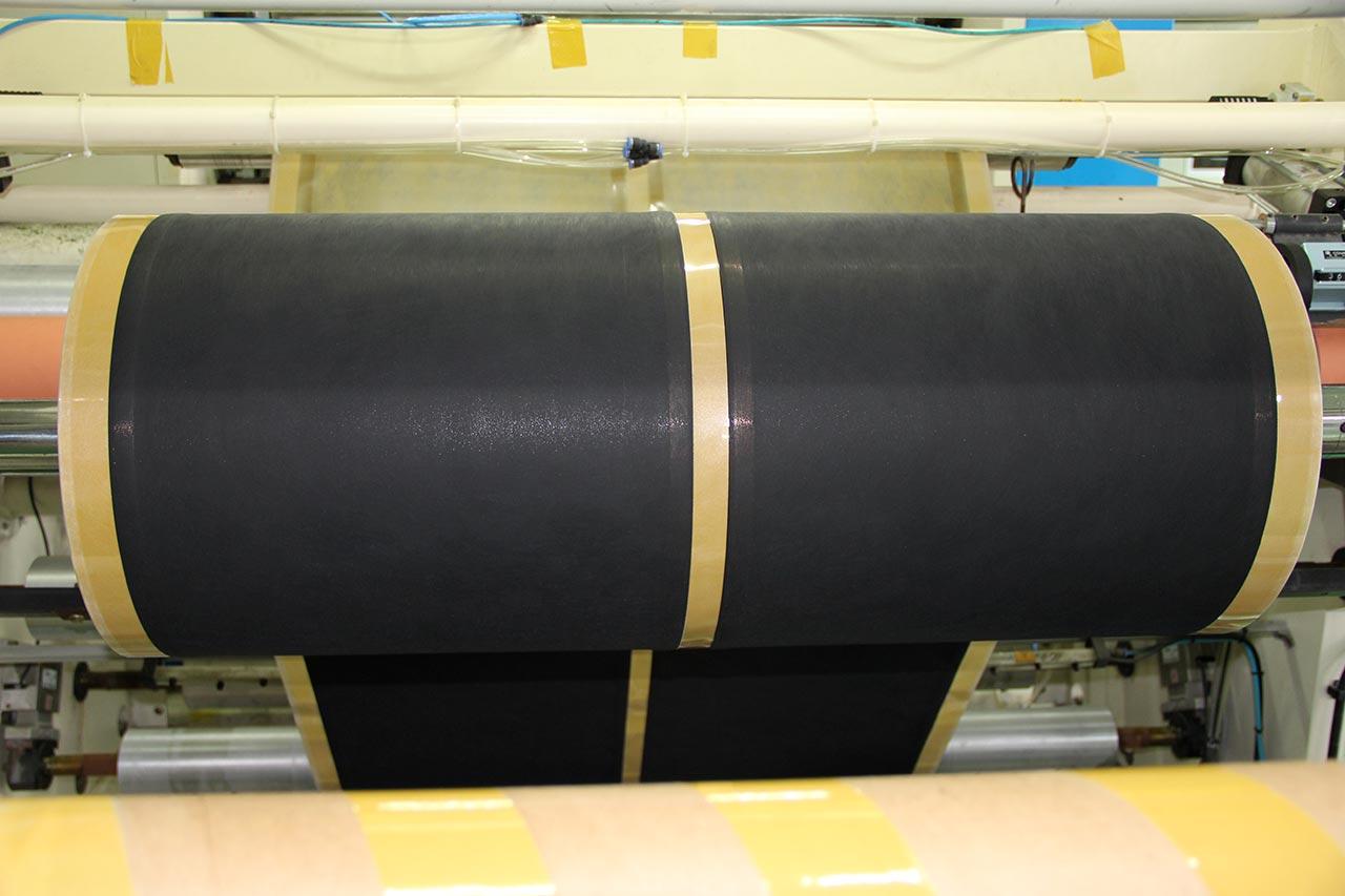 Многослойная карбоновая пропитка на нетканном материале